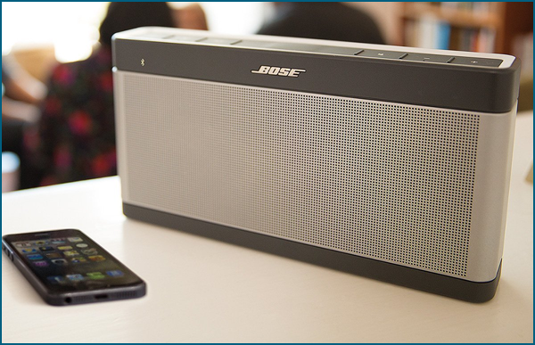 bose soundlink iii test complet plus fort plus longtemps. Black Bedroom Furniture Sets. Home Design Ideas